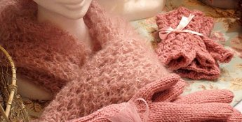 Pink gloves and scarf