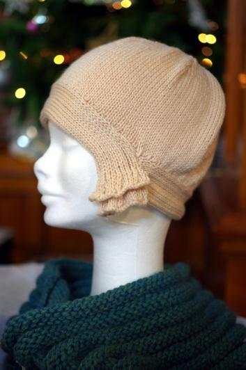 Cream 1920s hat