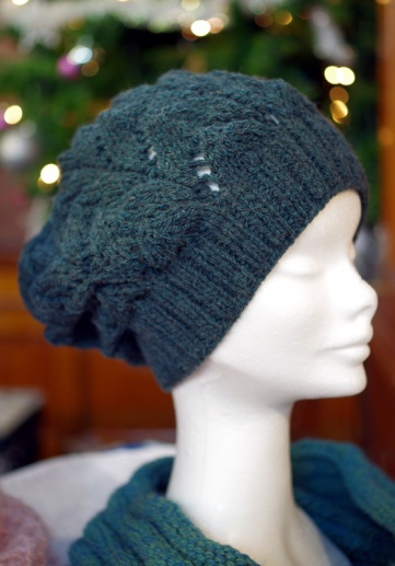 Dark green lacey 'slouch' hat